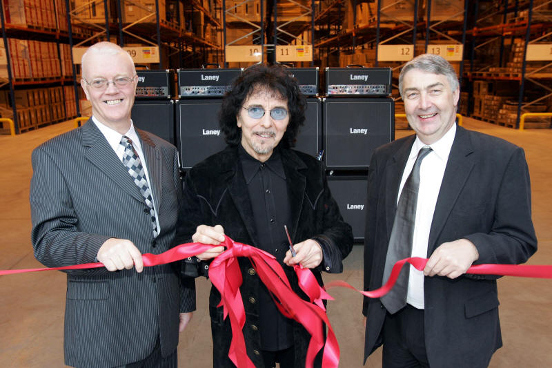 iommi_laney_533x800_1